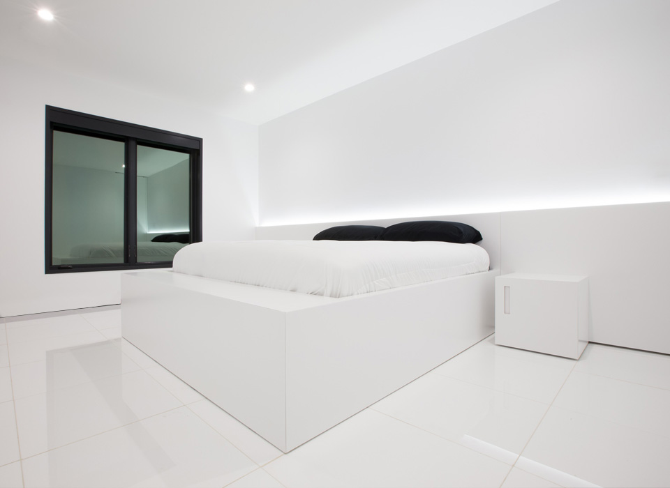 Nero White Bedroom